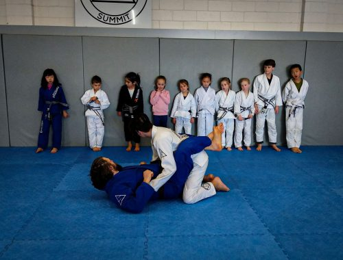 Kids watching jiu jitsu